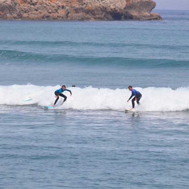 Surf camp menores los locos surf school