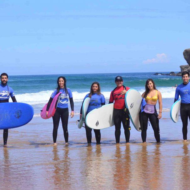salon principal los locos surf house