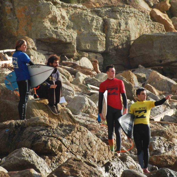 Preguntas-frecuentes-escuela-de-surf-los-locos-suances copia