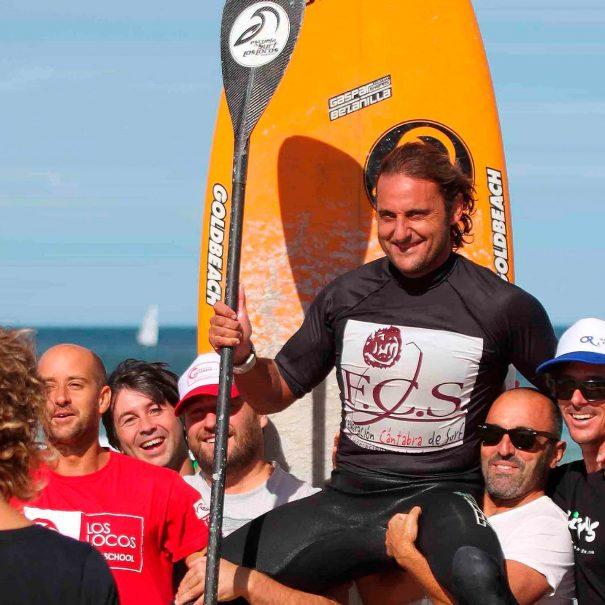 Tino Aja Escuela de surf los locos 2